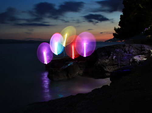световое шоу в хорватском пейзаже