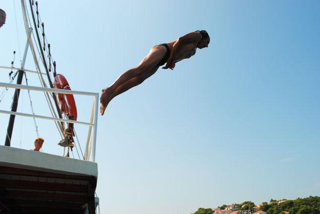 прыжки в воду, ныряние