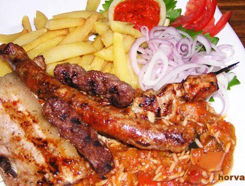 еда, в Хорватии, мешано месо, мясное ассорти, вкусно, сытная