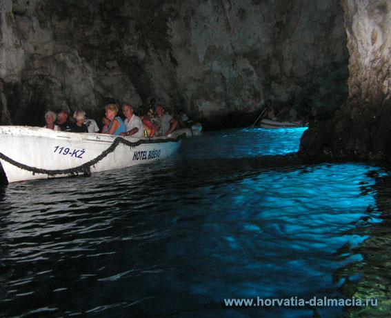голубая пещера, о.Бишево, о.Вис, Хорватия