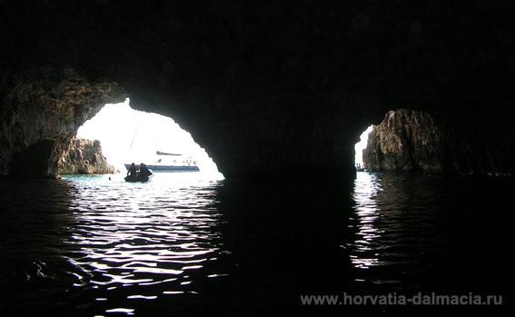 Зеленый грот, остров Вис, Хорватия