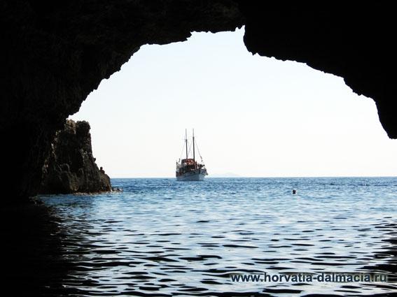 Зеленый грот, остров, Вис, Хорватия