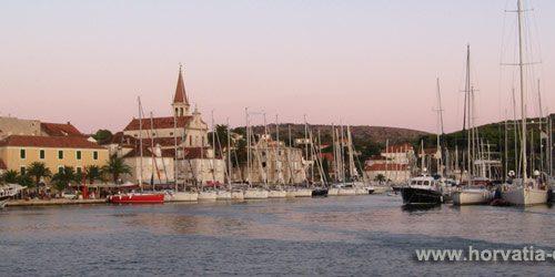 Милна, остров, Брач, Хорватия, Далмация, яхты, бухты