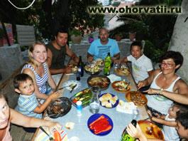 застолье, гости, туристы, Хорватия